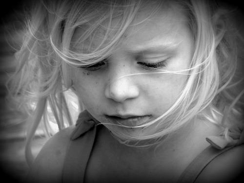 幼稚園に行きたくない!子どもが行きたがらないときの対処法 のタイトル画像
