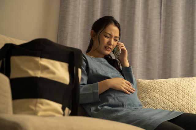 【医師監修】出産前の陣痛ってどんな痛み?マックスの痛みの体験談や緩和する方法の画像1