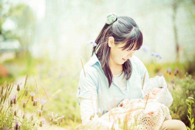 「母性」ってなに?母との関係をうまく築けなかった私が今、母になって気付いたことの画像1
