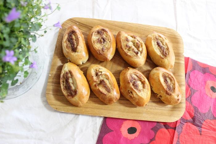 朝食にピッタリ!クルミ生地とバターの香りが食欲を誘う…シナモンのシュガートップパンの画像11