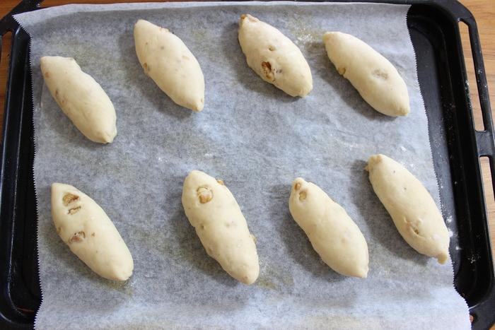 朝食にピッタリ!クルミ生地とバターの香りが食欲を誘う…シナモンのシュガートップパンの画像8