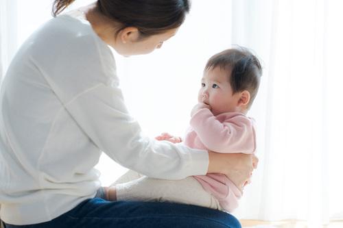 「私だって、もっとお母さんにかまってほしかった!」娘が生まれて、初めて気づいた自分の気持ちのタイトル画像