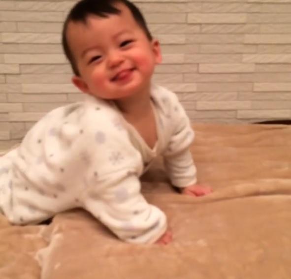 エナジードリンクより効果ありそう!!かわいい赤ちゃん動画まとめ[第1弾]の画像2