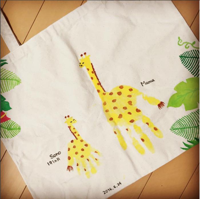 可愛い手形アート♡赤ちゃんの手形を上手に取れる、とっても簡単な方法とは?の画像4