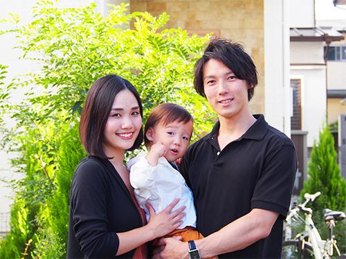 家族の写真を大画面で楽しめる!?最新フォトストレージを使ってみた。のタイトル画像