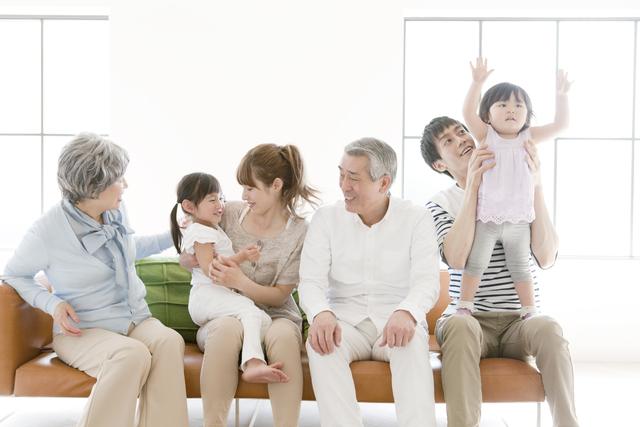共働き家庭を救う!?じいじ・ばあばと一緒に住む「二世帯住宅」が注目されている理由の画像1