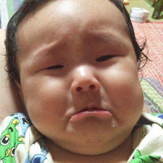 この下くちびるがたまらない♡「#泣くちょい前っ子」の写真、大集合!の画像4