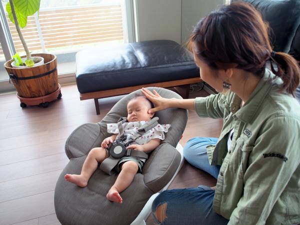 0歳児赤ちゃんとの生活がぐっと楽になる♡おすすめバウンサーの使い方5選の画像5