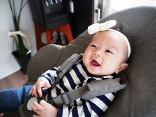 0歳児赤ちゃんとの生活がぐっと楽になる♡おすすめバウンサーの使い方5選のタイトル画像