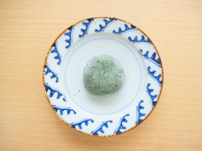 「北海道産小豆使用のつぶあんよもぎ大福」_今日のご褒美スイーツ No.5の画像1