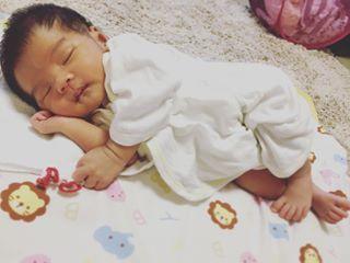 インスタで大流行!「#我が子の最強寝相」が本当に最強♡まとめの画像1