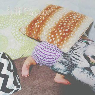 インスタで大流行!「#我が子の最強寝相」が本当に最強♡まとめの画像23