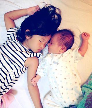 インスタで大流行!「#我が子の最強寝相」が本当に最強♡まとめの画像22