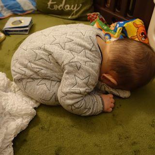 インスタで大流行!「#我が子の最強寝相」が本当に最強♡まとめの画像10