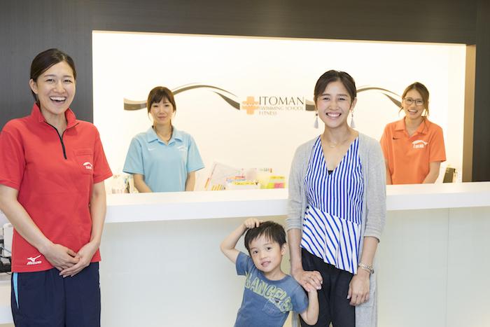 自信いっぱいの笑顔が嬉しい。「子どものできた!」が増える工夫がいっぱいのスイミングスクール。の画像2