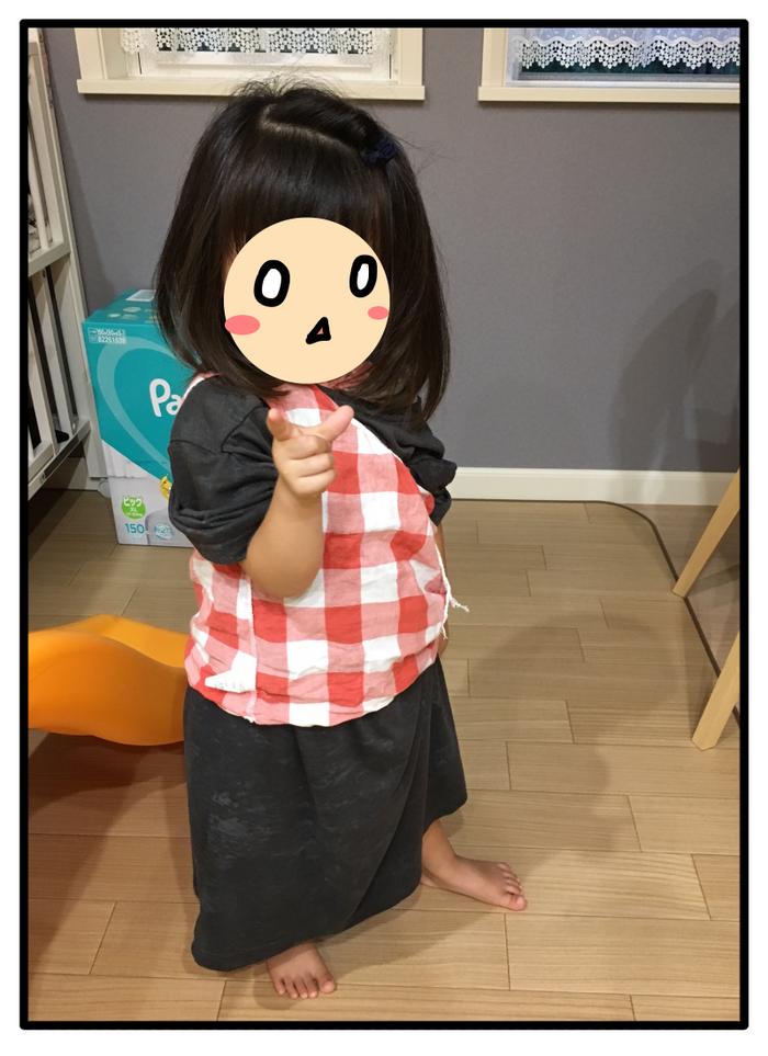 """あれもこれも着たい!乾いた洗濯物がまるで""""宝の山""""な3歳娘にキュン…♡の画像4"""
