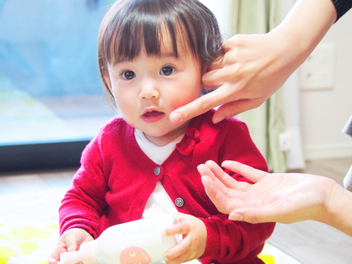 すこやかな肌は未来への贈り物。赤ちゃんの肌を想ったスキンケアシリーズを使ってみると…のタイトル画像