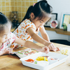 こんなに簡単でいいの?子どもと一緒に生地から作る「おうちピザ」のタイトル画像