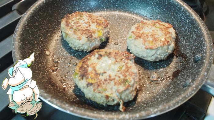 【マンガ飯!】スゴ腕シェフの離乳食ハンバーグを作ってみた!の画像22