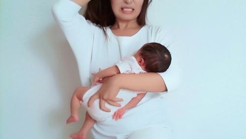 「ヒッヒッフーじゃないの!?」誰か教えて欲しかった、出産時のいきみ方<投稿コンテストNo.37>のタイトル画像