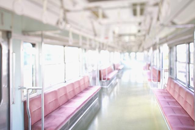 なくしても大丈夫!長時間の電車を静かに過ごす「お出かけグッズ」まとめの画像1