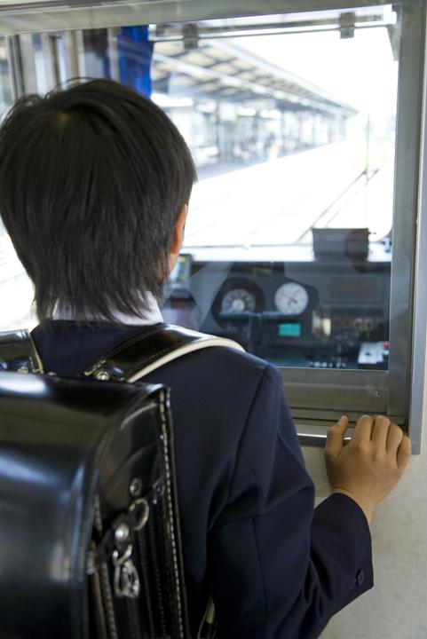 子どもの「電車遊び」はどんな「学び」につながっている?わが家の長男の場合のタイトル画像