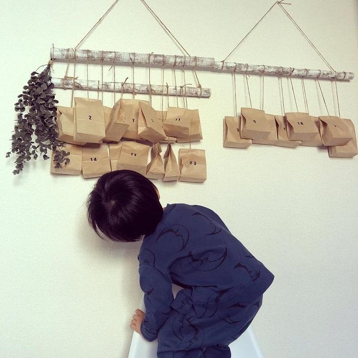 """ポイントは""""壁""""!親子で楽しめる「クリスマスの飾りづけ」アイデア集★の画像16"""