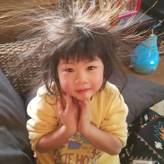 どうしたらこうなるの…?「#髪の毛爆発」ベビー&キッズにじわじわくる。の画像11