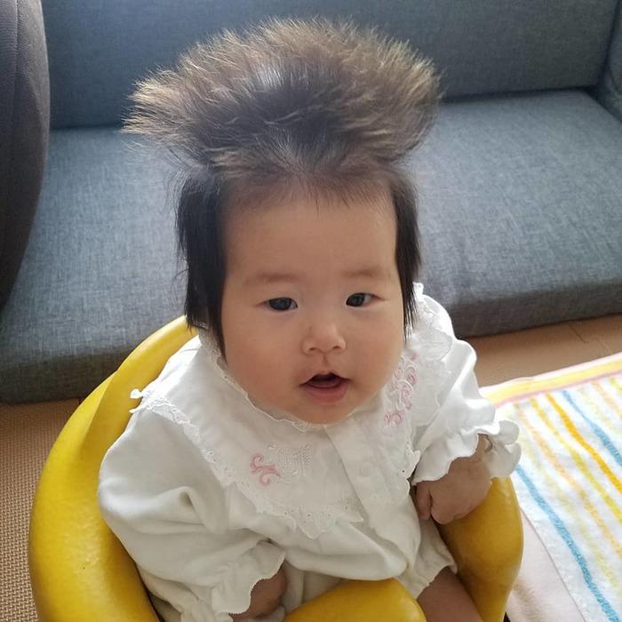どうしたらこうなるの…?「#髪の毛爆発」ベビー&キッズにじわじわくる。の画像5