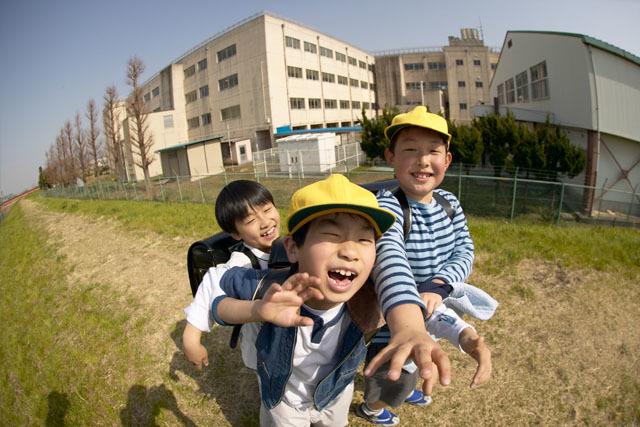 先生に相談してはみたけれど…。手が出る友達への対応、小2男子の場合の画像2