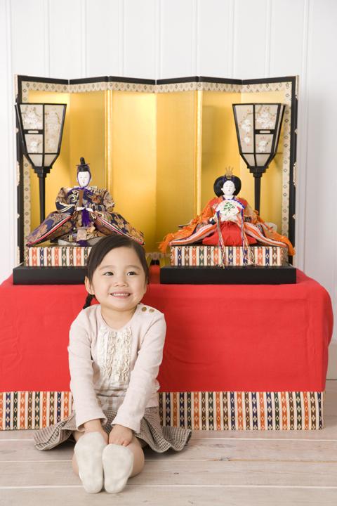 ひな祭り(初節句)準備マニュアル!人形を出す時期、お祝いの食事は?のタイトル画像