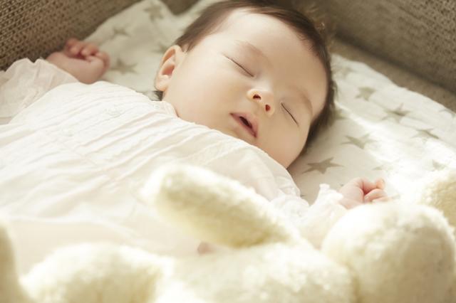 赤ちゃんの冬服は何を着せる?肌着・アウターの着せ方とおすすめ冬服6選の画像5