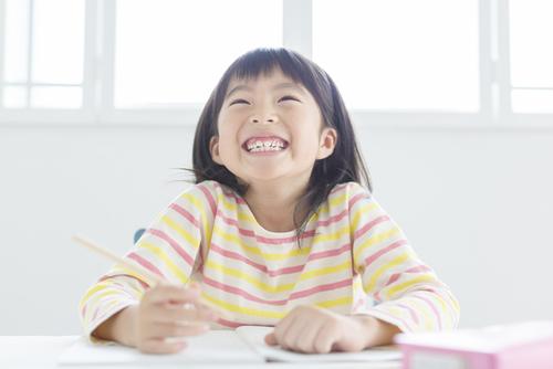 小学校の「自学」という宿題に悩む娘。前進したきっかけは?のタイトル画像