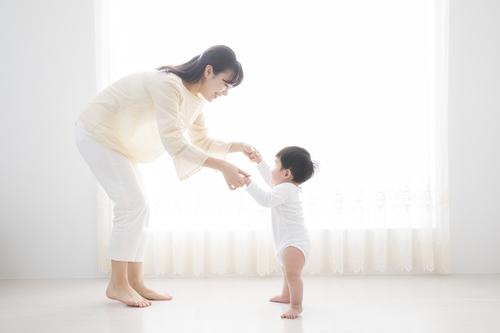 赤ちゃんの手押し車はいつから?デメリットは?人気のおすすめ商品を紹介のタイトル画像