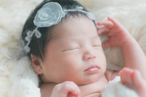 出産内祝いにはお菓子がぴったり!人気のおすすめお菓子ギフト7選のタイトル画像
