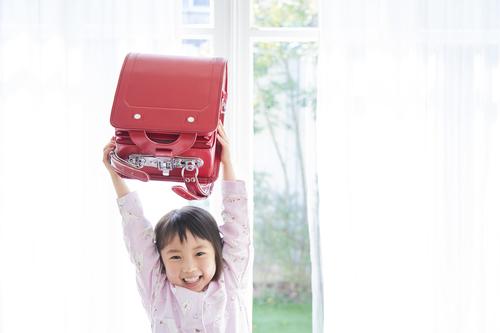 「今の私は、水色がいい!」娘の訴えにハッとしたランドセル選びのタイトル画像