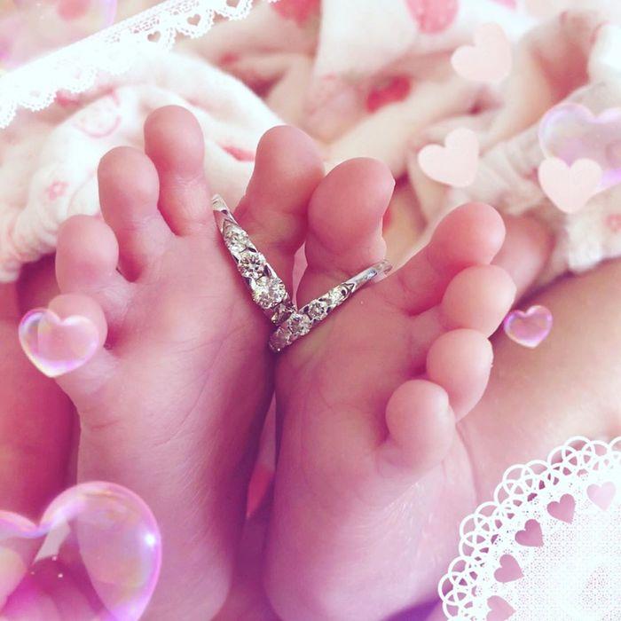 今だけの姿を写真に収めて…♡新生児の可愛い写真アイデア♪の画像13