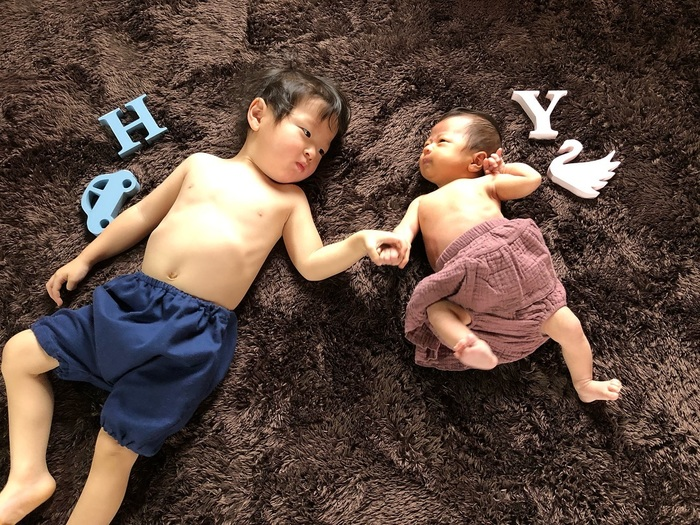 今だけの姿を写真に収めて…♡新生児の可愛い写真アイデア♪の画像8
