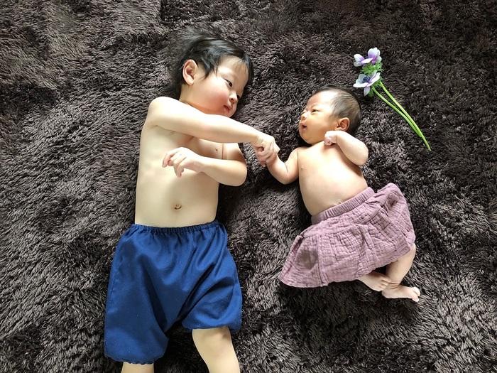 今だけの姿を写真に収めて…♡新生児の可愛い写真アイデア♪の画像7