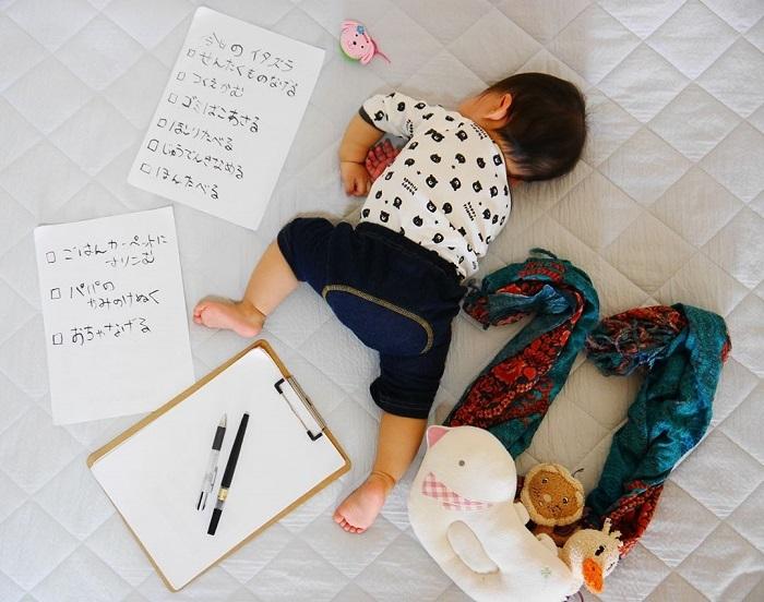 """発想がすごい!身近なアイテムで作れる、おもしろ""""お昼寝アート""""の画像7"""