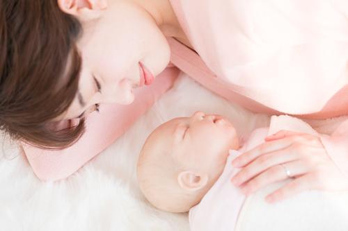 母性はどこからくるの?我が子からの無償の愛が、教えてくれたこと。のタイトル画像