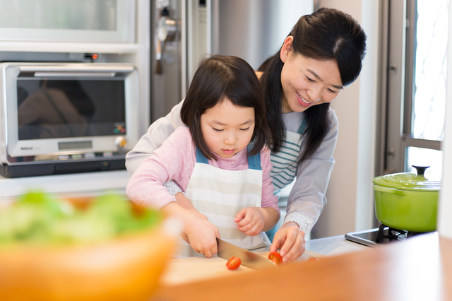 キッチンデビューに!親子で料理を楽しむための便利アイテムの画像1