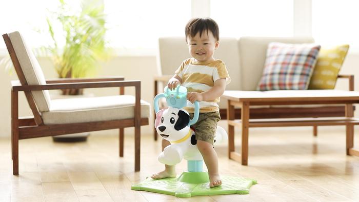 猛暑でお外遊びできない…そんな日に親子で楽しむ、体をたっぷり動かせるバイリンガルおもちゃの画像8
