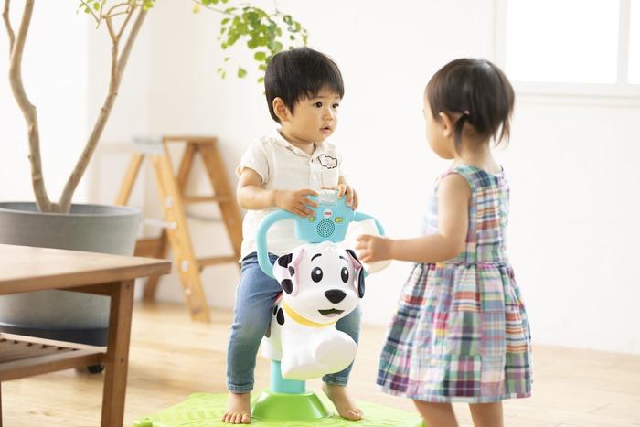 猛暑でお外遊びできない…そんな日に親子で楽しむ、体をたっぷり動かせるバイリンガルおもちゃの画像6