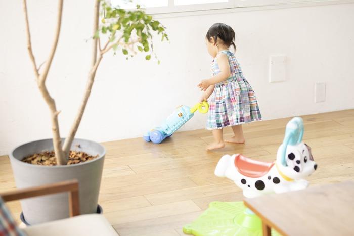 猛暑でお外遊びできない…そんな日に親子で楽しむ、体をたっぷり動かせるバイリンガルおもちゃの画像14