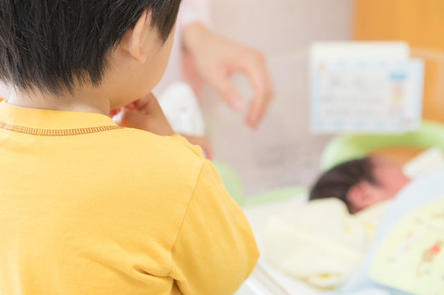 年子育児の洗礼?荒ぶる1歳の「おにいちゃん」を悩み見守った日々の画像1