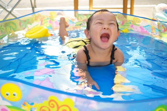 夏はやっぱりおうちプール!!家で楽しく水遊びができるアイテムたちの画像1