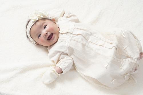 女の子の出産祝い♪人気のプレゼントからママに喜ばれるお祝いまでご紹介のタイトル画像