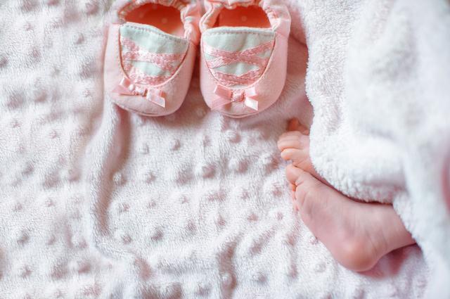 女の子の出産祝い♪人気のプレゼントからママに喜ばれるお祝いまでご紹介の画像2