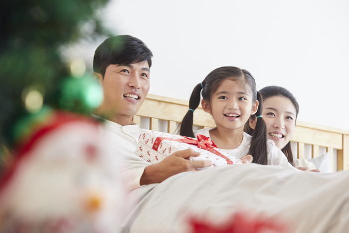 子ども達の喜ぶ顔が見たいから!サンタのふりをして一晩中手紙を書いた夜。の画像3